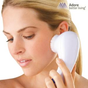 Escova Facial de Limpeza Bright Skin Cleansing | Obtenha um Rosto Limpo e Brilhante