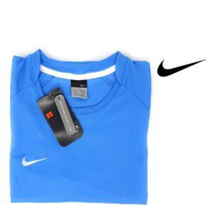 Nike® Tee-shirt d'entraînement bleu clair pour femme