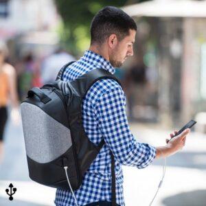 Mochila Anti-roubo com USB e Compartimento para Tablet e Portátil