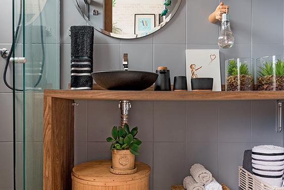 Casa de Banho - Móveis - Estantes - Espelhos