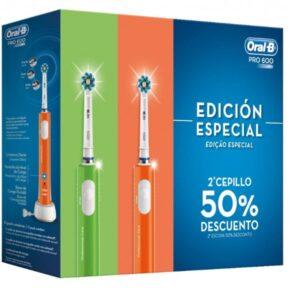 Escova de Dentes Elétrica Oral-B PRO600 3D Violeta Verde Bateria recarregável